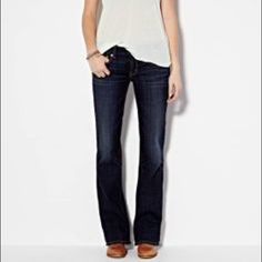 American Eagle Jeans Like new dark denim jeans. Fit nicely on legs while leaving enough room around your ankles to show off those stunning heels or awesome kicks. American Eagle Outfitters Jeans Boyfriend