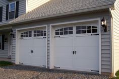 Benefits of an excellent Automatic Roller Doors and Automatic Garage Doors in Sydney Carriage Style Garage Doors, White Garage Doors, Double Garage Door, Garage Door Windows, Best Garage Doors, Overhead Garage Door, Wood Garage Doors, Carriage Doors, House Doors