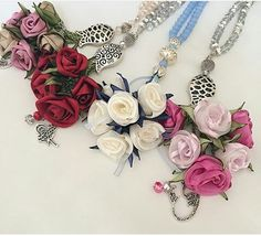 . Diy Ribbon Flowers, Organza Flowers, Beaded Flowers, Fabric Flowers, Paper Flowers, Prayer Beads, Ribbon Embroidery, Beaded Necklace, Necklaces