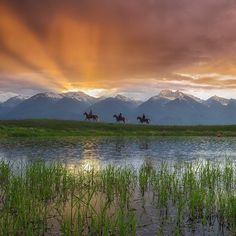 A stunning #MontanaMoment in the Mission Mountains from @ladzinski on assignment for National Geographic Travel.
