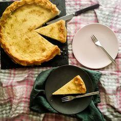 Παραδοσιακή γαλατόπιτα με φύλλο κρούστας! Cooking, Ethnic Recipes, Sweet, Blog, Kitchen, Candy, Kochen, Blogging, Brewing