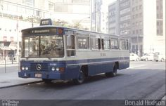 Ônibus da empresa Viação Bristol, carro 11 083, carroceria Marcopolo Veneza II, chassi Mercedes-Benz LPO-1113. Foto na cidade de São Paulo-SP por Donald Hudson, publicada em 21/08/2014 05:15:43.