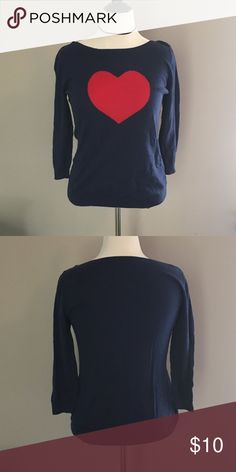 Old Navy Heart Sweater Old Navy heart sweater in navy blue. Size large. Very gently used. Old Navy Sweaters Crew & Scoop Necks