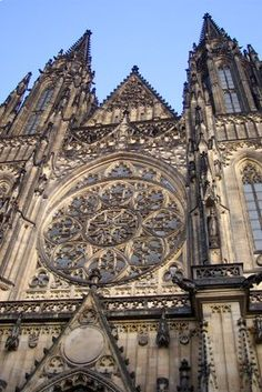 Prague Must-See Sights: St. Vitus Cathedral on Castle Hill