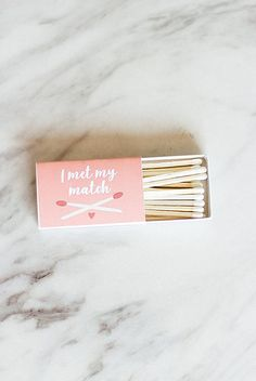 Make your own adorable and colorful DIY matchbook wedding favors with this tutorial with six FREE printables for every wedding color. Unique Wedding Favors, Unique Weddings, Diy Wedding, Sticker Printer Paper, Match Making, Groom Style, Party Gifts, Wedding Colors, Free Printable