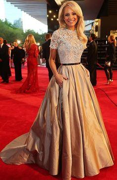 2017 Celebrity Dresses A-line High Collar Short Sleeves Taffeta Beaded Lace Sexy Long Evening Dresses Red Carpet Dresses
