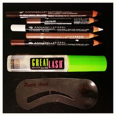 My go to products for brows...Annabelle brow pencils, Maybelline brow gel and Anastasia brow stencils @kbouchmakeup