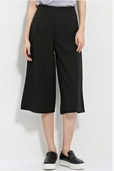 High Rise Culotte Pants in Black  Price: USD 24.9 + Free Shipping #highwaisted #hiriseculottes