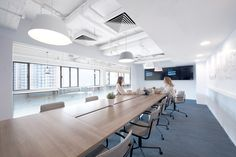 Bean Buro has designed the new offices of online transportation network tech company Uber located in Hong Kong. Bean Buro's design for UBER's new Hong Corporate Office Design, Workplace Design, Hong Kong, Uber, Visual Merchandising, Ceiling Painting, Loft, Co Working, Design Furniture