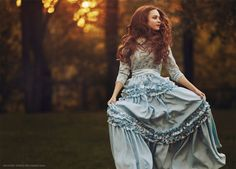 Livia {She's running and she can't stop by Snowfall-lullaby} Fall Outfits For Teen Girls, Autumn Outfits, Fantasy Photography, Queen, Fashion Shoot, Bunt, Red Hair, Redheads, Marie