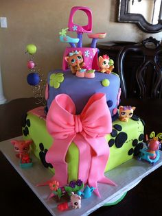 53 Ideas for littlest pet shop birthday party ideas friends Little Pet Shop, Little Pets, Crazy Cakes, Fancy Cakes, Cute Cakes, Lps Cakes, Cupcake Cakes, Birthday Cake Girls, Birthday Parties