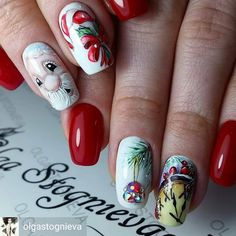 @Regrann from @olgastognieva - ❄ #комбиманикюр #гельлак #ручнаяросписьнаногтях #зимниедизайныногтей #гельлак #сваровски #артдизайншеллак #nails_page #nails_masters #nail_art_club #nails_Journal #nails_page #идеиманикюра #модныйманикюр - #regrann