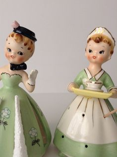 Sunbonnet Miss Napkin Doll & Miss Toothpick Holder Beautiful Christmas Decorations, Half Dolls, Displaying Collections, Collectible Figurines, Party Accessories, Vintage Girls, Vintage Ceramic, Cottage Chic, Vintage Decor