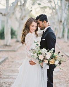 Sophisticated simple and distinctly European: see more from this inspirational wedding shoot today on Once Wed! Design: @swakissevents | Floral: @gavitaflora | Photo: @hannahsuhphoto | Dress: @carolhannahbridal from @lovelybride | Hair and makeup: Julie Dy. #weddingbouquet #oncewedstyle #weddingphotography by oncewed