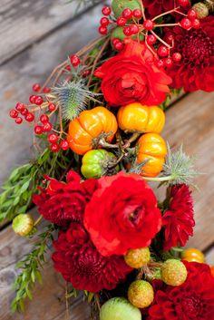 chic_holiday_wreath_kelly_oshiro
