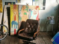 Bunt, Chair, Painting, Furniture, Home Decor, Atelier, Rustic, Decoration Home, Room Decor