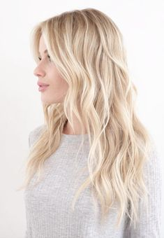 Balayage Highlights: Blonde Balayage Hair Color Ideas And Looks - All About Hairstyles Summer Blonde Hair, Blonde Hair Shades, Light Blonde Hair, Blonde Hair Looks, Brown Blonde Hair, Blonde Hair For Cool Skin Tones, Blond Hair Colors, Warm To Cool Blonde, Light Blonde Balayage
