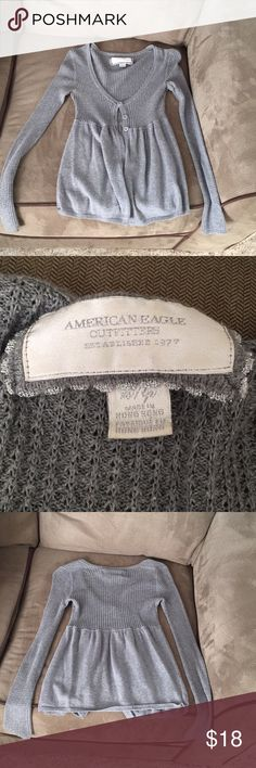 Grey sweater American Eagle Greg sweater! Xs but fits more like a small. American Eagle Outfitters Sweaters V-Necks