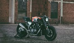 JvB MOTO, YAMAHA V-MAX INFRARED 30th ANNIVERSARY, DRAGSTER, CAFE RACER, RUDE & RACER