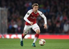 Arsenal Star To Stay Put As Real Sociedad Pull Out Of Talks To Sign Defender Nacho Monreal - Online papers Online Paper, Arsenal, Football, Running, Stars, The League, Soccer, Futbol, Keep Running