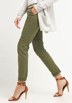 Pantalons & Leggings Zalando Essentials Chino - khaki kaki: 27,00 € chez…