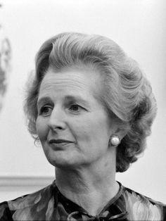 La primera ministra británica Margaret Thatcher (1925-2013) durante un encuentro con el Presidente de Estados Unidos Jimmy Carter en la Casa Blanca el 13 de septiembre de 1977. (Public Domain) #miercolesretratos #EnciclopediaLibre