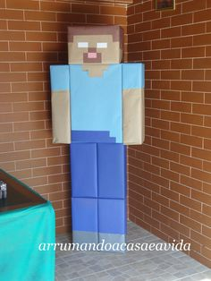 """Tudo o que um sonho precisa para ser realizado é alguém que acredite que ele possa ser realizado."" Roberto Shinyashiki    Meu filho já é u... Art Minecraft, Hama Beads Minecraft, Minecraft Crafts, Perler Beads, Skins Minecraft, Minecraft Bedroom, Fuse Beads, Minecraft Furniture, Minecraft Buildings"