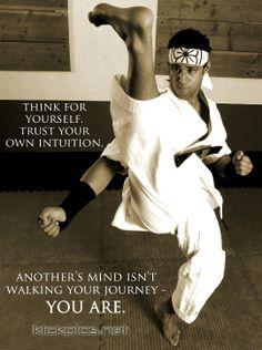 kickpics kickpics.net martialarts karate taekwondo kick kicking twistkick twistingkick itf