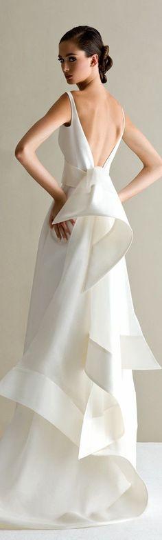 Best Antonio Riva Wedding Dresses Inspirations For Your Wedding Ceremony Minimal Wedding Dress, Minimalist Wedding Dresses, Elegant Wedding Dress, Wedding Party Dresses, Trendy Wedding, Wedding Styles, Dress Party, Party Wedding, Wedding Ceremony