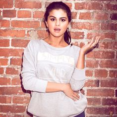 Find images and videos about selena gomez, selena and adidas neo on We Heart It - the app to get lost in what you love. Selena Gomez Photos, Selena Gomez Style, Selena Gomez Adidas, Justin Bieber Black, Marie Gomez, Her Music, Beauty Queens, My Idol, Hollywood