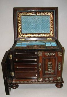 An early Victorian rosewood, cut mother-of-pearl and bobbin moulded sewing and jewellery casket (box). Sewing Room Storage, Sewing Room Organization, Wood Storage, Art Nouveau Furniture, Antique Furniture, Sewing Table, Sewing Box, Vintage Box, Vintage Sewing