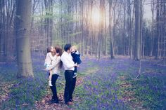 bluebell mini photo shoot  bluebells  family of four portrait  hampshire