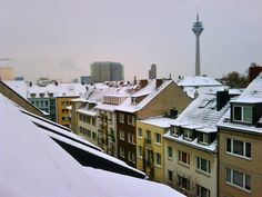 Walkin' in a Winter Wonderland - Düsseldorf / Bilk by bilkorama, via Flickr