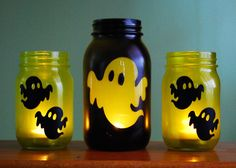 Halloween Mason Jar Candle Set (Ghostly Glow) to do when bored crafts jar crafts crafts Dulceros Halloween, Halloween Geist, Halloween Wall Decor, Halloween Mason Jars, Adornos Halloween, Manualidades Halloween, Scary Halloween Decorations, Halloween Designs, Mason Jar Candles