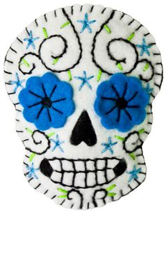Sugar Skull Brooch-going to make these