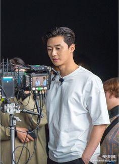 Park Seo Joon, Netflix, Francisco Lachowski, Korean Star, Kdrama Actors, Korean Actors, Korean Dramas, Perfect Man, Korean Beauty