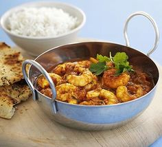 Uses curry paste to make it super quick, you could use meat/veggies instead of prawns. Prawn curry in a hurry Bbc Good Food Recipes, Indian Food Recipes, Asian Recipes, Cooking Recipes, Healthy Recipes, Simple Prawn Recipes, Curry Recipes, Fish Recipes, Seafood Recipes