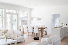 67 cozy living room apartment decor ideas 39 ~ Design And Decoration Cozy Living Rooms, Home Living Room, Living Room Decor, Dining Room, Interior Decorating, Interior Design, White Decor, Beach House, Decoration
