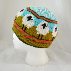Circling Ewe hat-free pattern from Creative Country Life