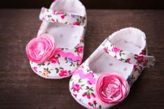 Baby girl shoes white floral mary janes by MartBabyAccessories, $19.95
