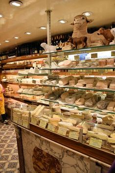 Foodie Tour: Cheese Shops to Visit in Paris German Cheese, English Cheese, Dutch Cheese, French Cheese, Attraction, Cheese Shop, Shops, Best Cheese, Tour Tickets