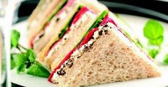 50 Scrumptious Sandwiches to Satisfy Your Taste Buds Sandwich Recipes, Snack Recipes, Dinner Recipes, Cooking Recipes, Cooking Tips, Monte Cristo Sandwich, Reuben Sandwich, Fruit Nutrition, How To Make Sandwich