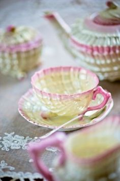 Beleek Shell tea set
