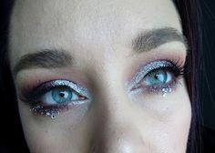 Smokey eye with glitter!