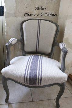 """Cabriolet de style Louis XV, Patine """"Ambre gris""""                                                                                                                                                                                 Plus"""