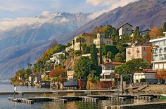 Lake Paradise, Ascona, Tessin, Switzerland  photo via westeastsouthnorth