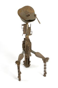 gonçalo mabunda, new man, metal and recycled weapons, 2007
