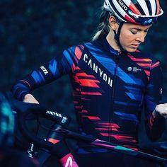 Hannah Barnes new kit  @cyclingimages