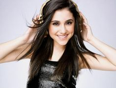 ARIANNA Ariana Grande 13, Ariana Grande Pictures, Cat Valentine, Gorgeous Hair, She Was Beautiful, Beautiful Body, Cool Hairstyles, Velvet Hair, Her Music