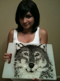 Fan Deana L.'s Oreo Wolf Design. Isn' it amazing that the wolf is made entirely from Oreo cookies?